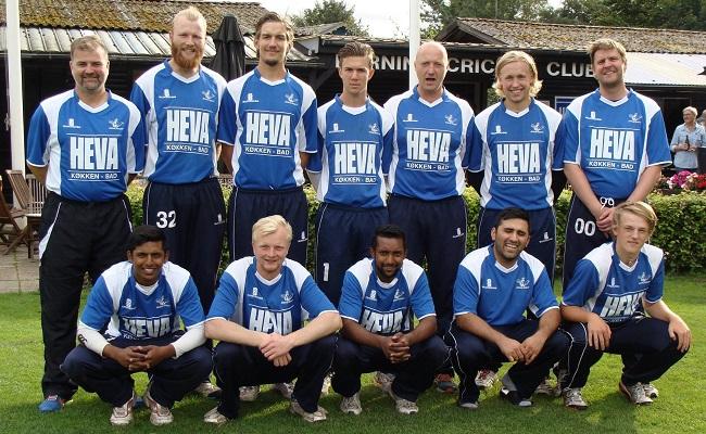 1. holdet spiller i Elitedivisionen